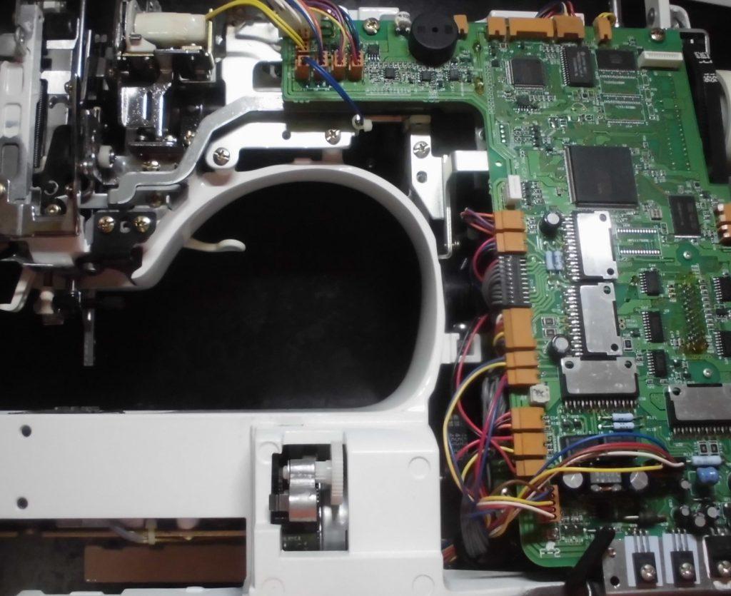 HZL-009の分解オーバーホールメンテナンス修理|ジューキ刺繍ミシン修理